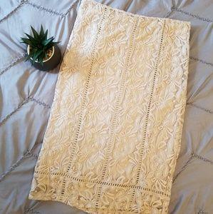 Nude Cream Flower Lace Pencil Skirt